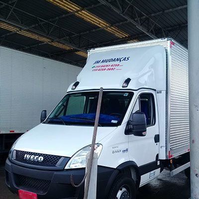 CARRETOS E TRANSPORTES REAL PARQUE (11) 4259-3692
